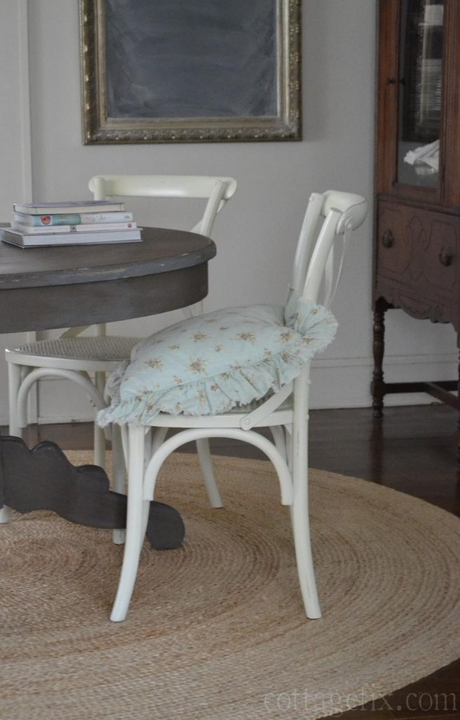 Cottage Fix blog - painted table and white chairs