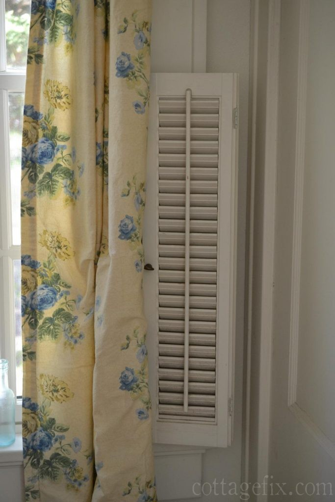 Cottage Fix blog - blue floral drapes