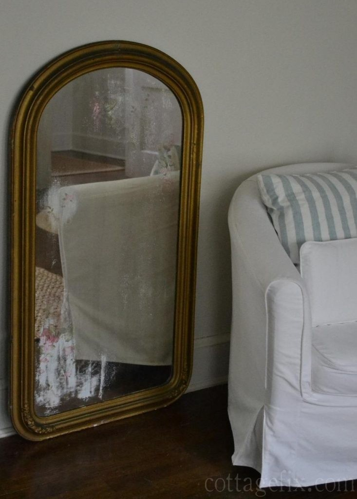 Cottage Fix blog - vintage mirror and wallpaper art