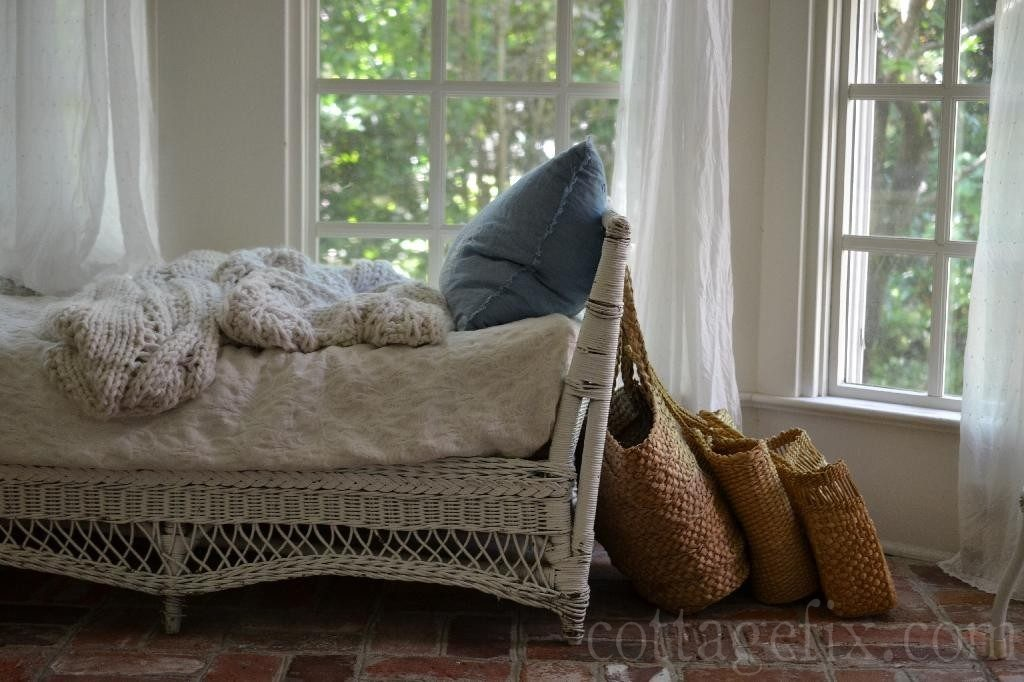 Cottage Fix blog - coastal cottage whites and beach bags
