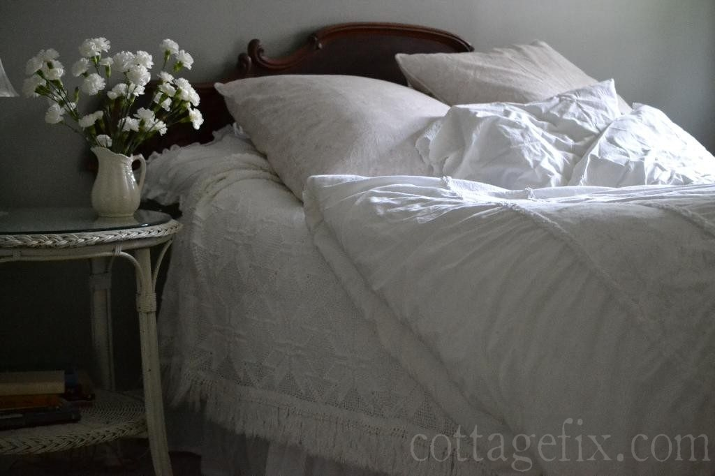 Cottage Fix blog - coastal cottage whites