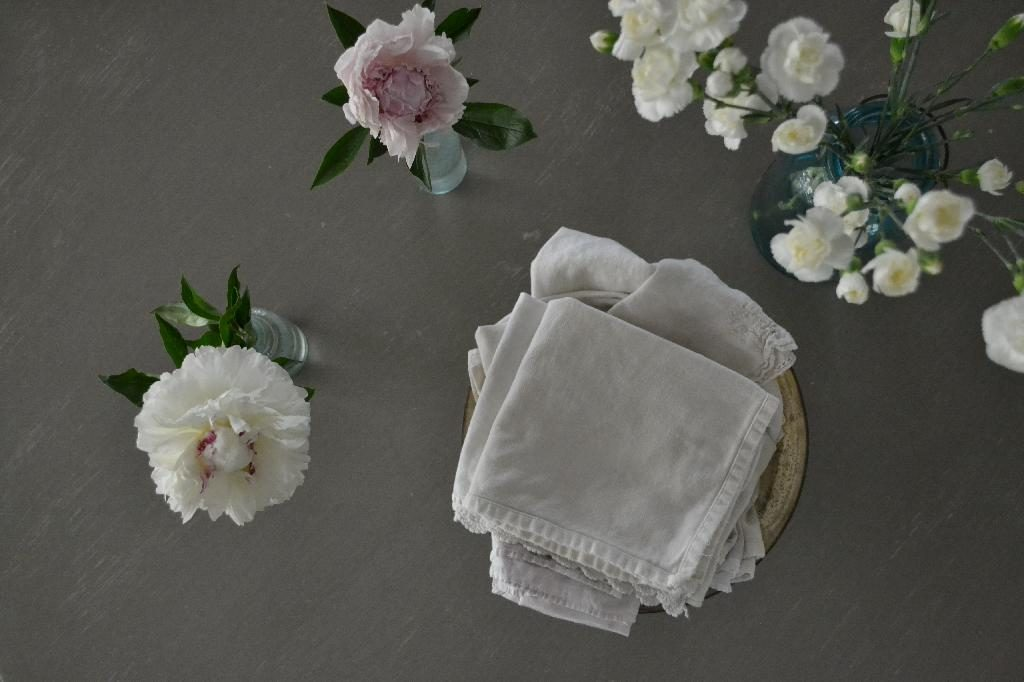 Cottage Fix blog - French Linen and flowers