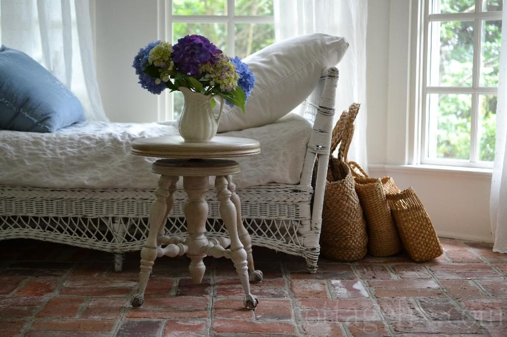 Cottage Fix blog - garden hydrangea bouquet on the sun porch