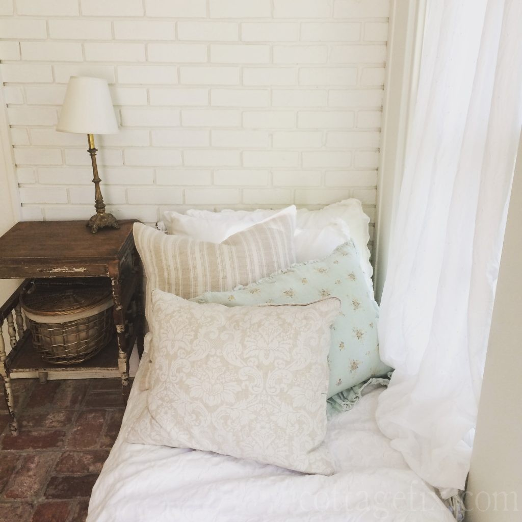 Cottage Fix blog - daybed with shabby chic pillows
