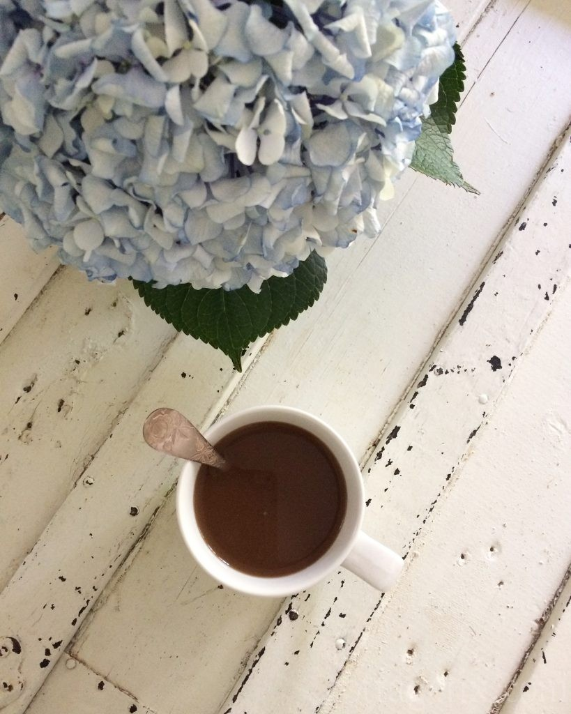 Cottage Fix blog - blue hydrangea and coffee
