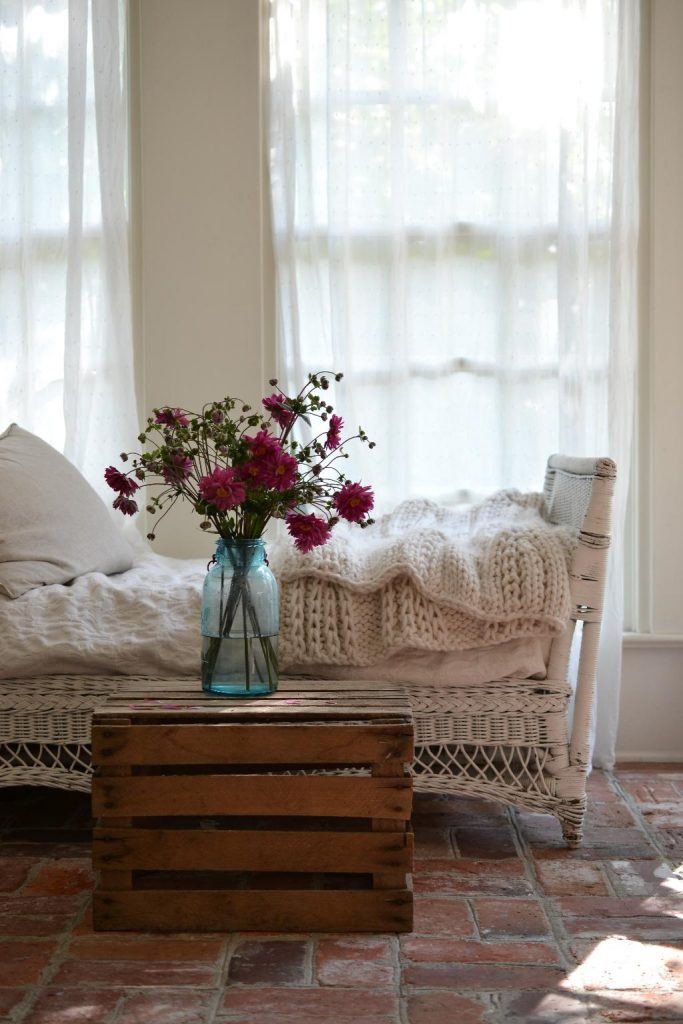 Cottage Fix blog - Friday flowers, bright pink bouquet on the sun porch