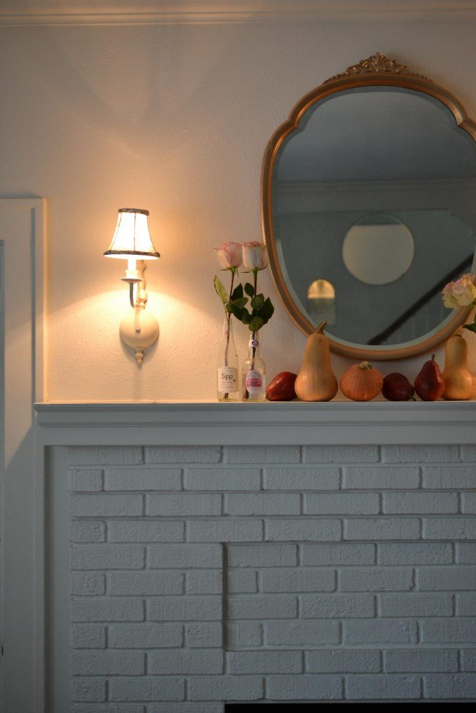 Cottage Fix blog - Autumn mantel decorations