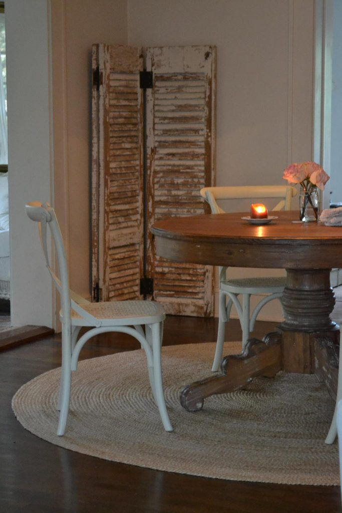 Cottage Fix blog - pine dining table