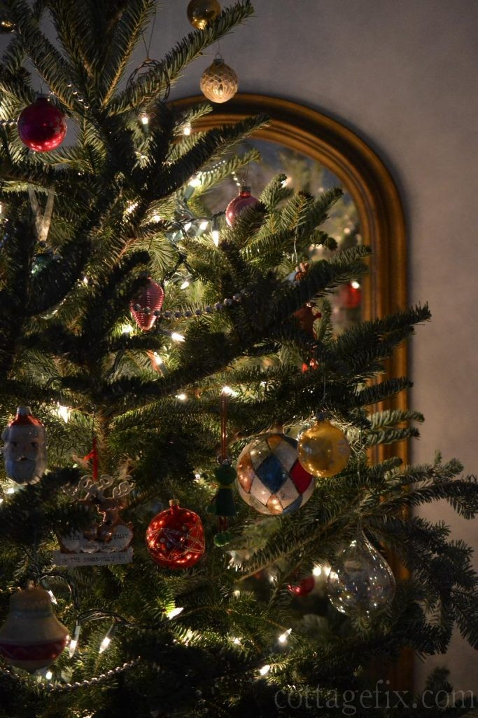 Cottage Fix blog - vintage baubles