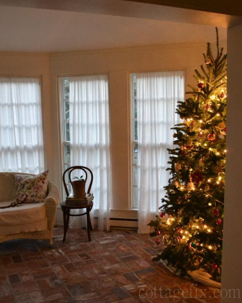 Cottage Fix blog - Christmas tree on the sun porch