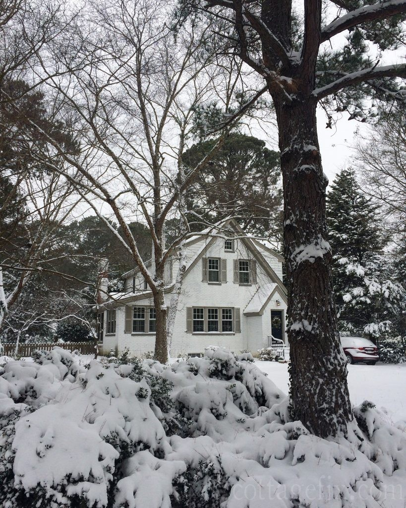Cottage Fix blog - cottage in the snow