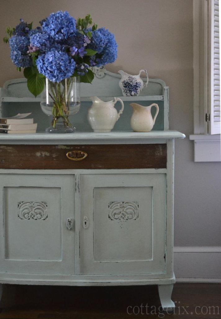 Cottage Fix blog - summer hydrangea bouquet